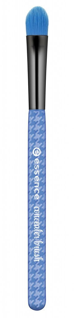 Essence_Make_Me_Pretty_Brush_Collection_Concealer_Brush