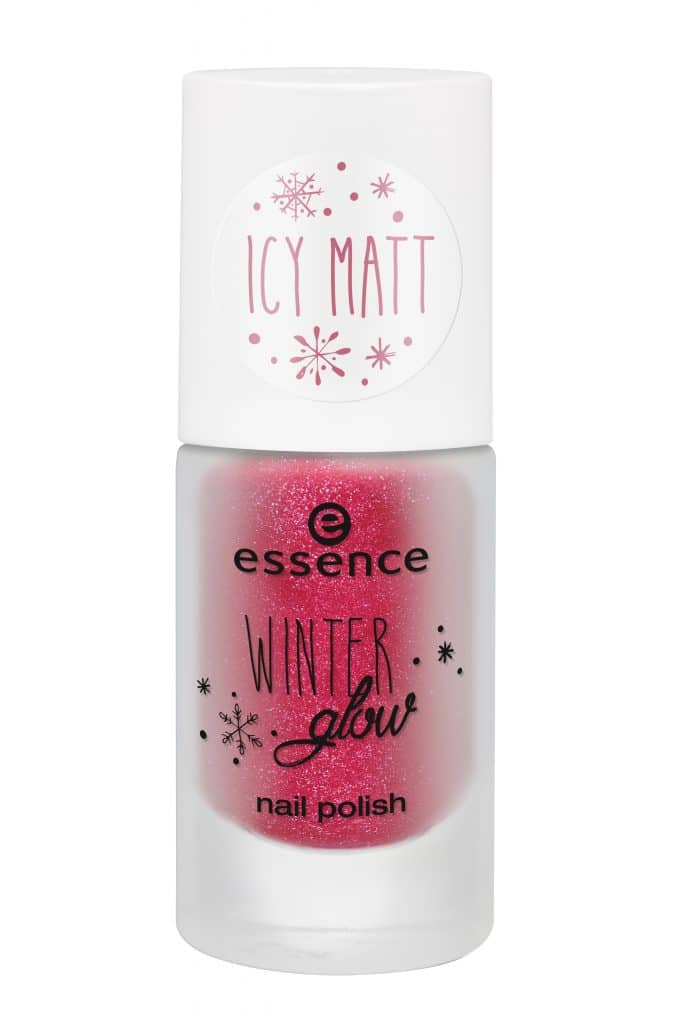 essence-winter-glow-nail-polish-01-miss-frost