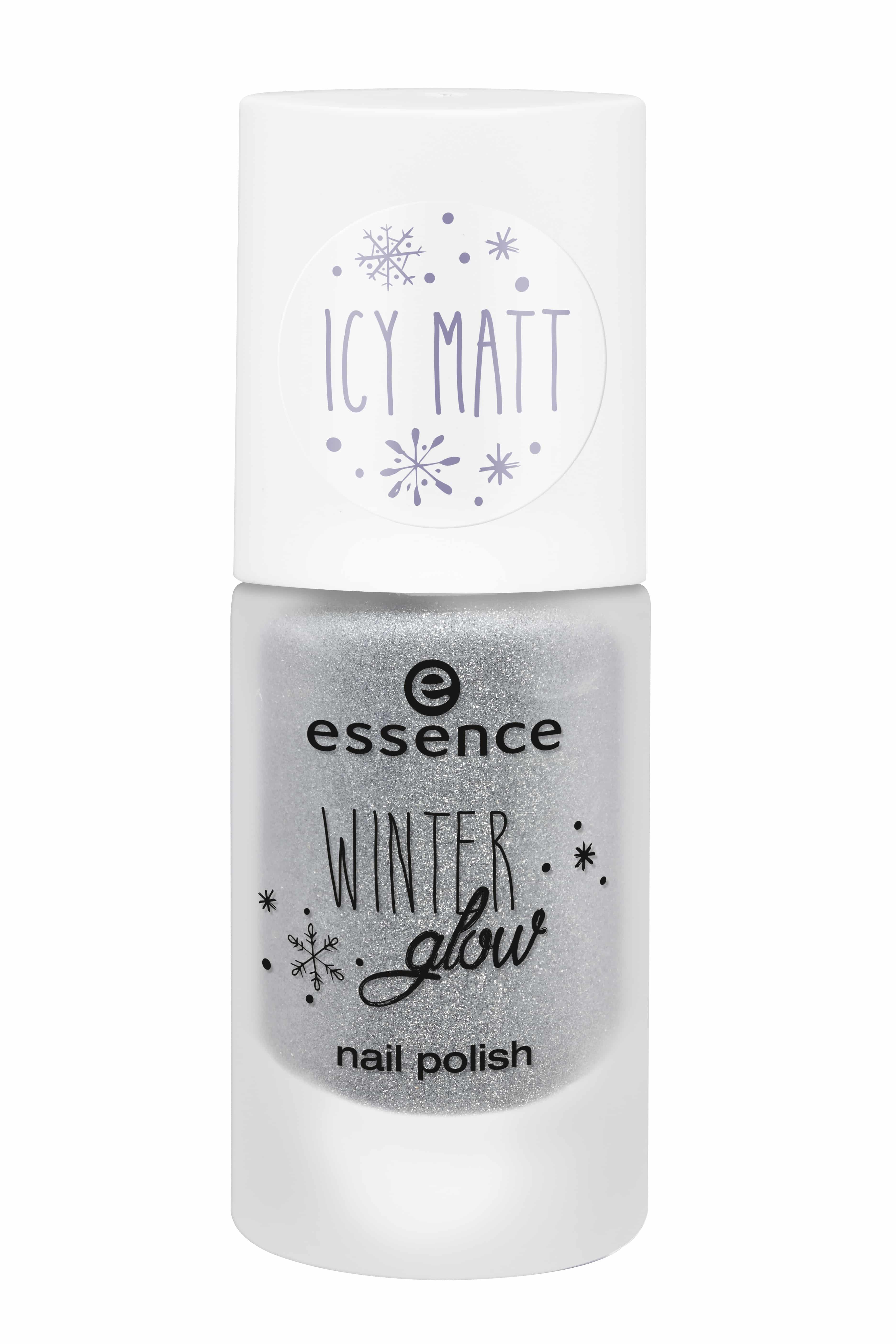 essence-winter-glow-nail-polish-02-i-see-ice