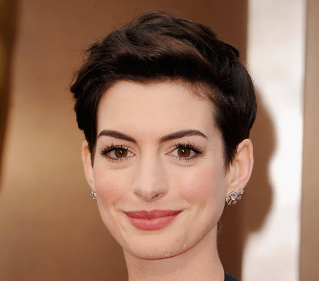 About_Beauty_anne_hathaway_oscar_makeup