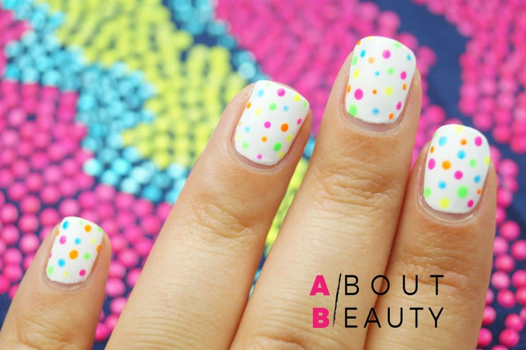 Electric Summer Nails, unghie vivaci per l'estate 2017 - Tutorial Nailart