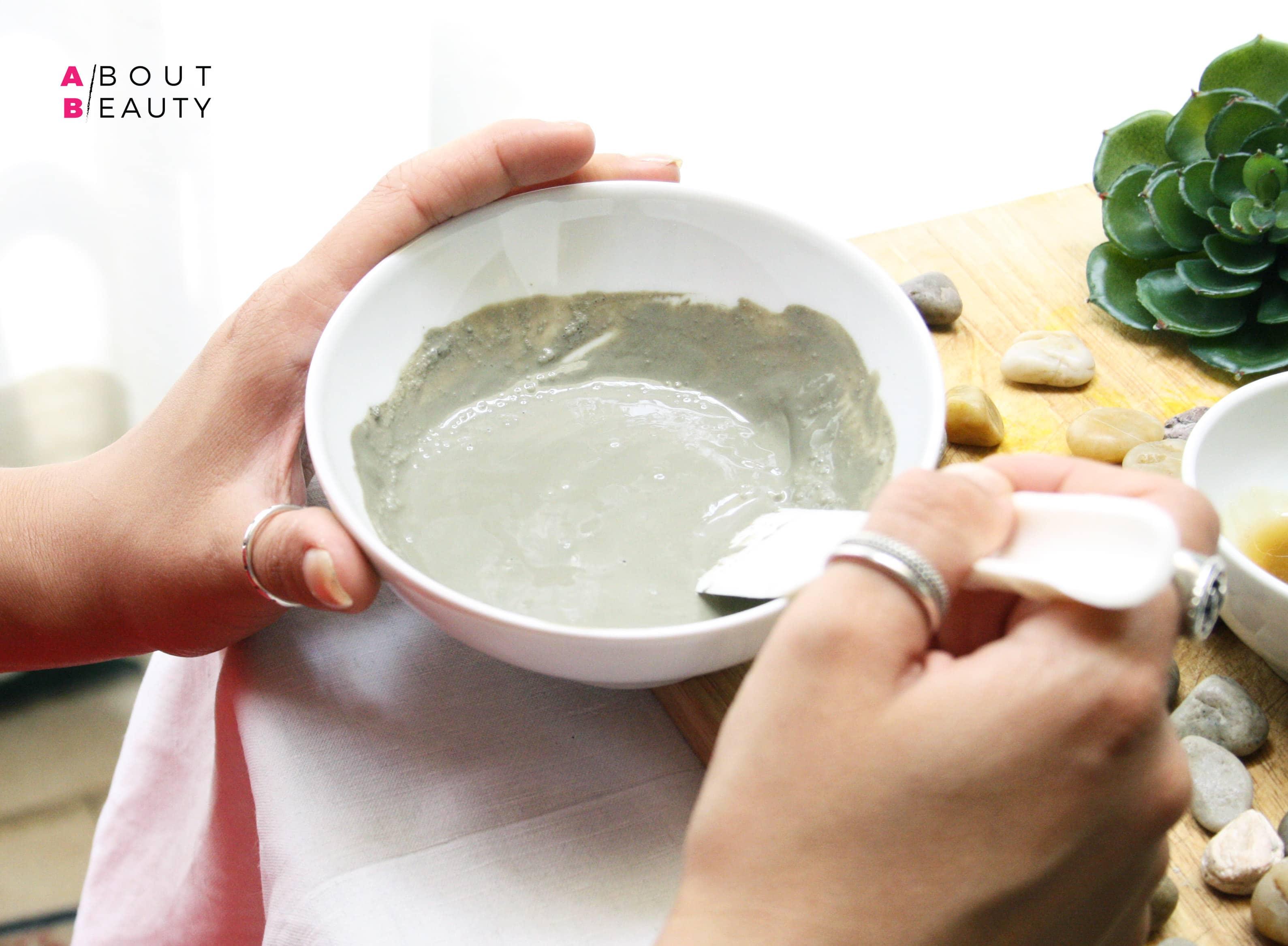 Maschera all'argilla verde purificante, la ricetta fai da te semplice, veloce ed economica per le pelli grasse e impure