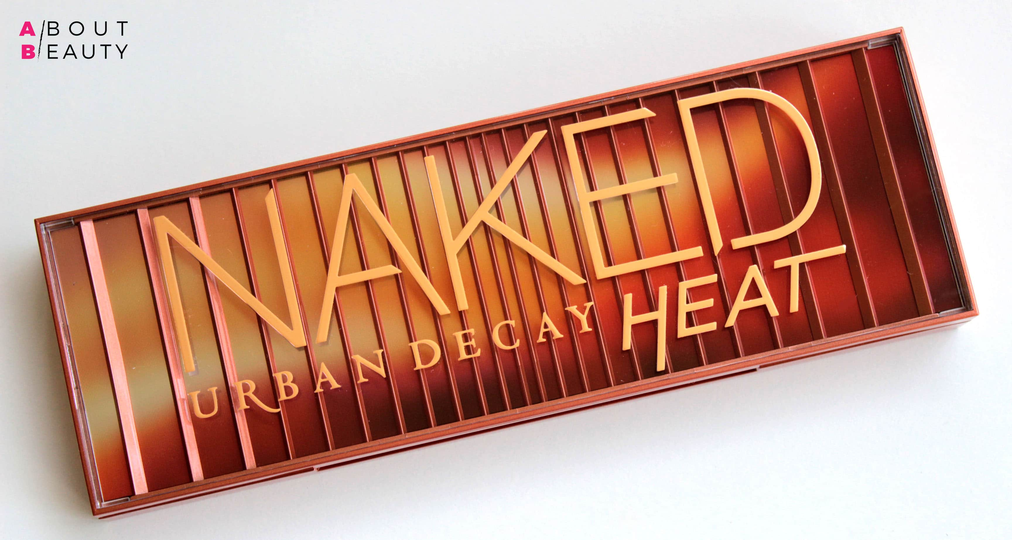 Urban Decay Naked Heat Collection - Swatch, info, prezzi e recensione | Il packaging