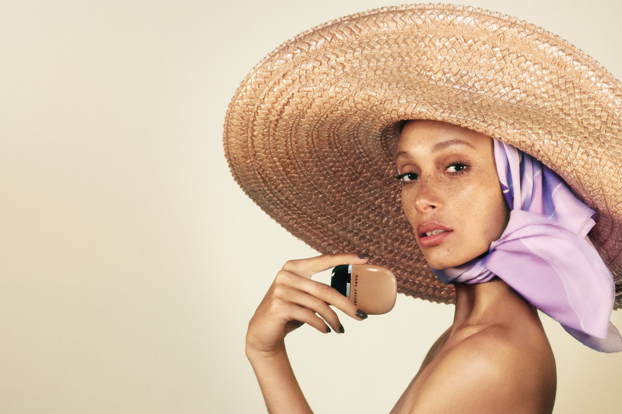 Shameless, il nuovo fondotinta Marc Jacobs Beauty, info, prezzi, swatch, comparazioni, review, recensione, dove acquistare