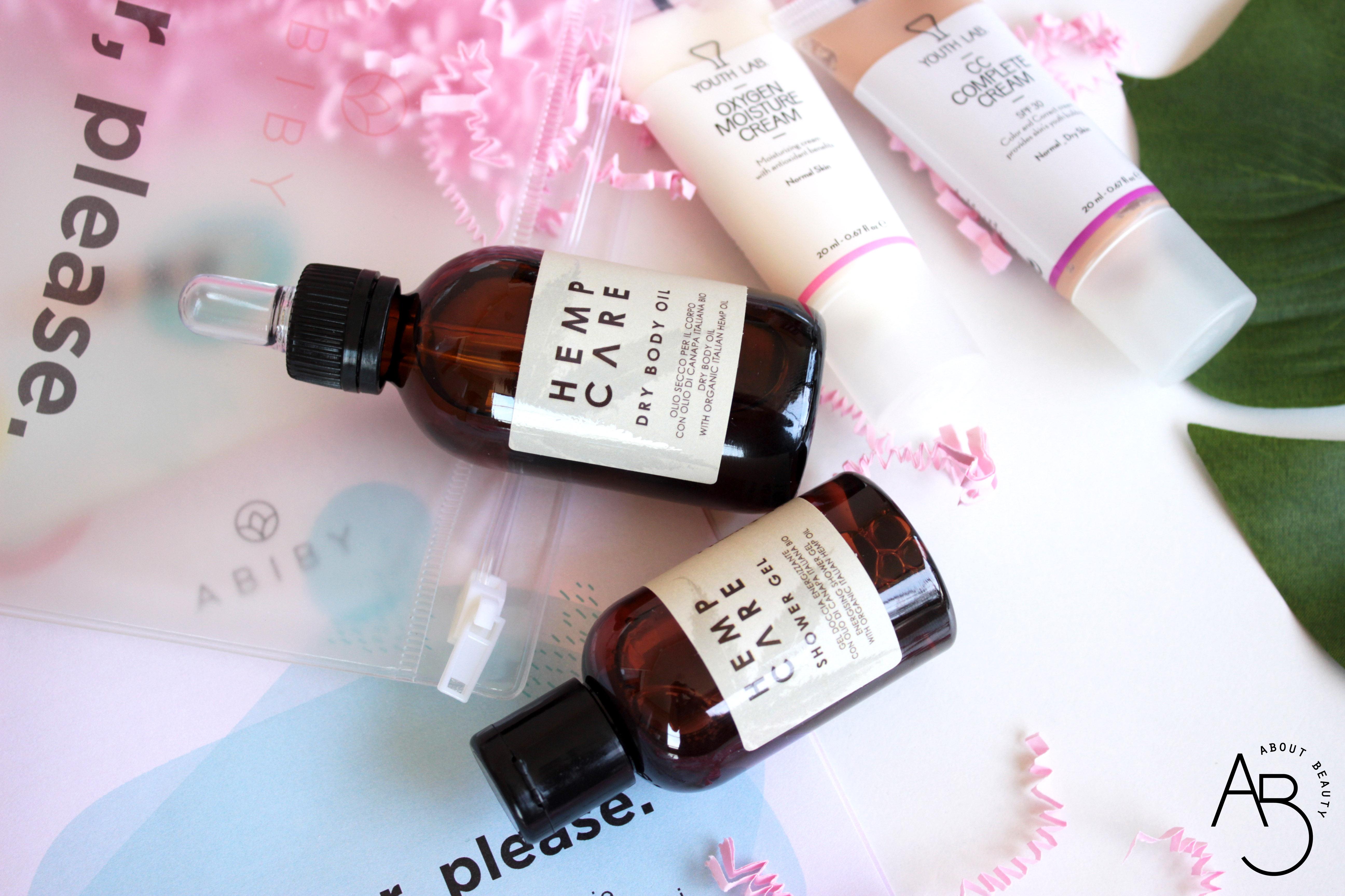 """Arriva la Beauty Box di Abiby: info, prezzo, abbonamento, opinioni, review, recensione, contenuto, unboxing, prodotti - Luglio 2018 """"Summer, please"""" - Hemp Care, Youth Lab, Polaar"""