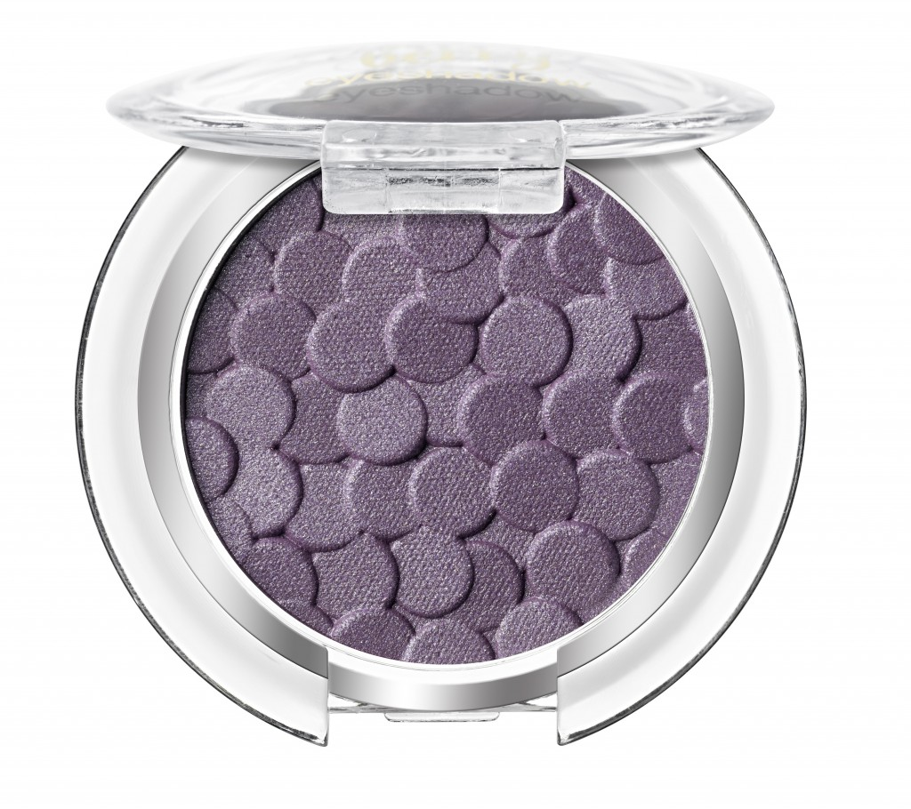 Essence_Merry_Berry_Collection_Eyeshadow_02