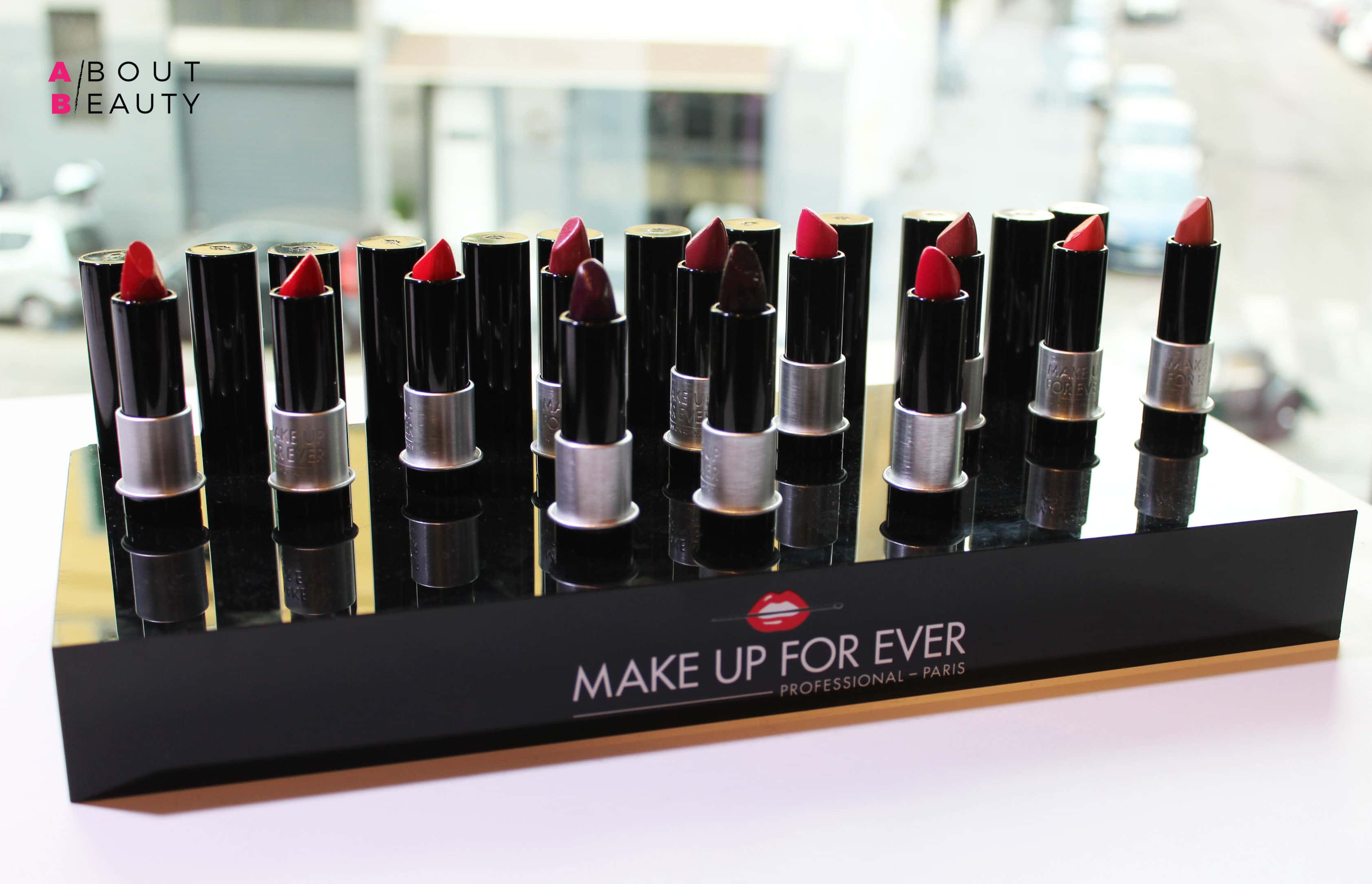 Make Up For Ever presenta i nuovi rossetti Artist Rouge Light
