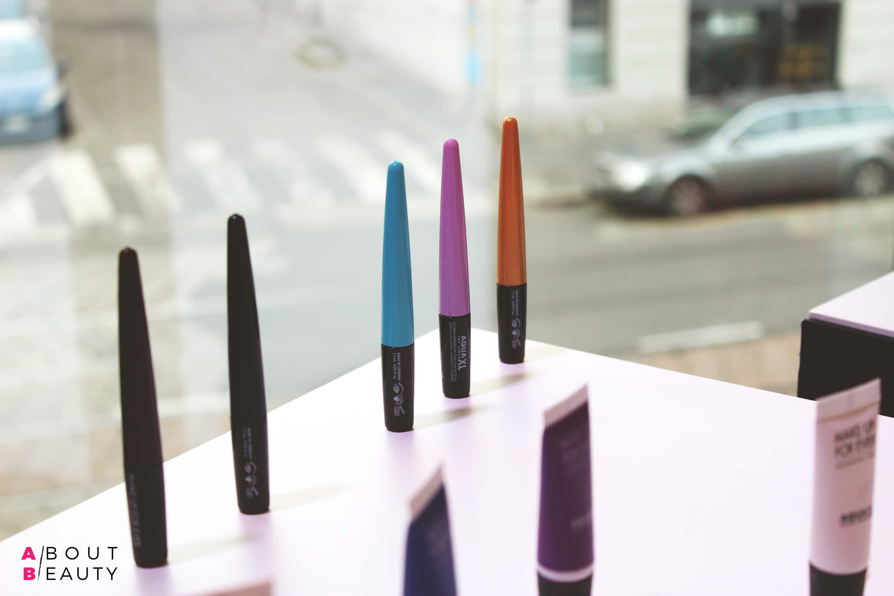 Aqua XL Ink Liner di Make Up For Ever