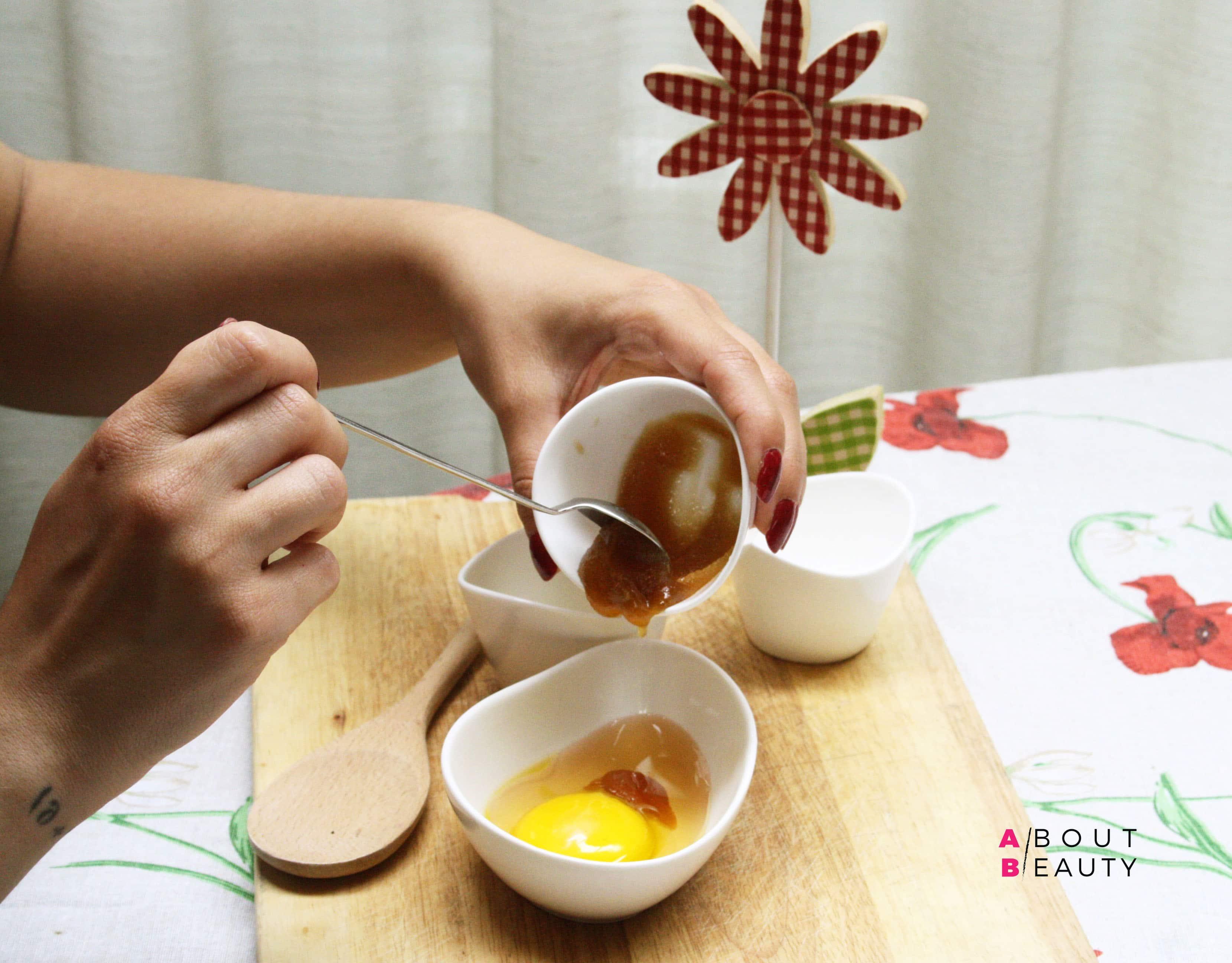 Maschere all'uovo fai da te per capelli secchi e grassi - Le ricette di bellezza di About Beauty