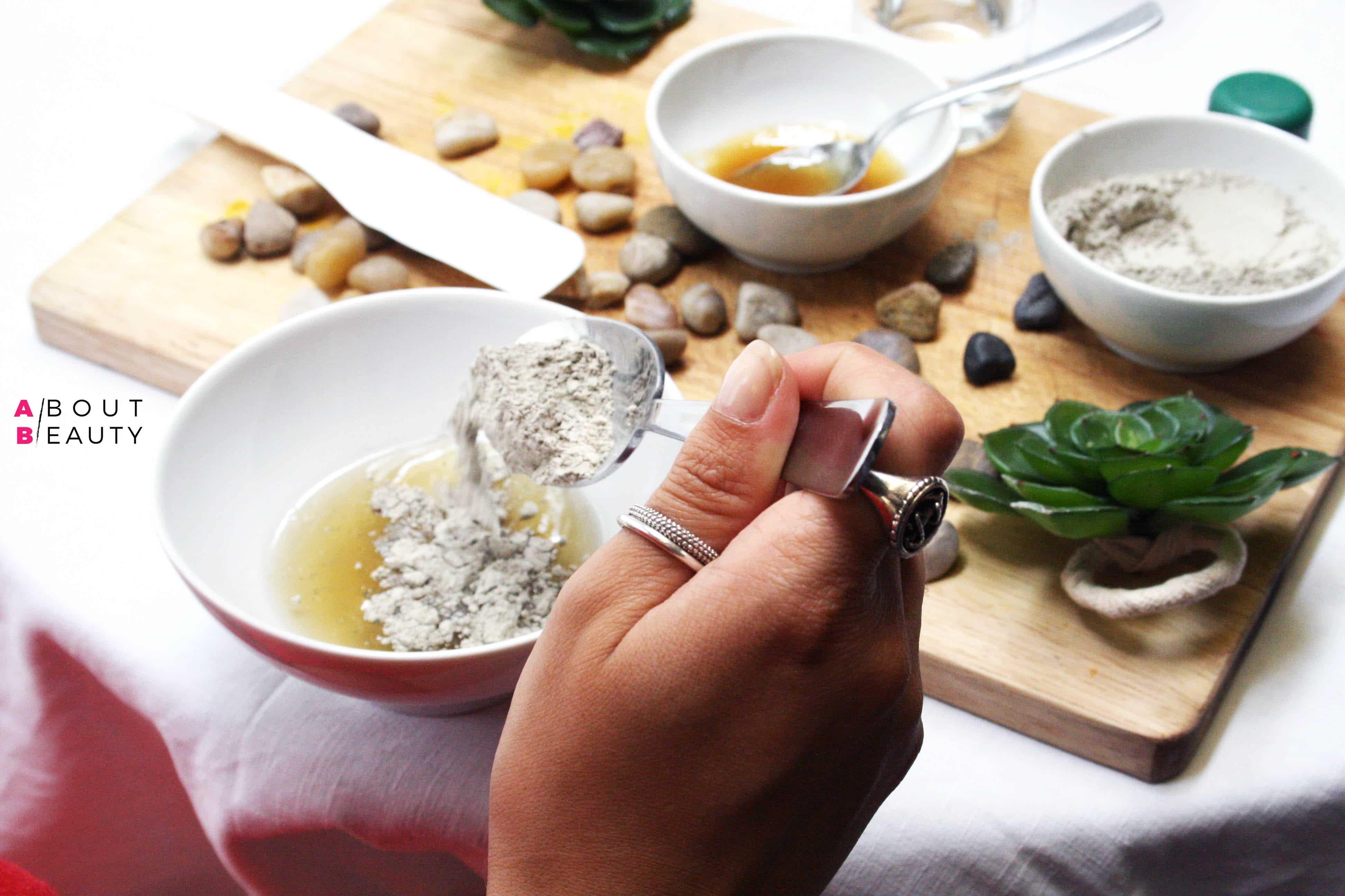 Maschera all'argilla verde purificante, la ricetta fai da te semplice, veloce ed economica per le pelli grasse e impure - Il procedimento