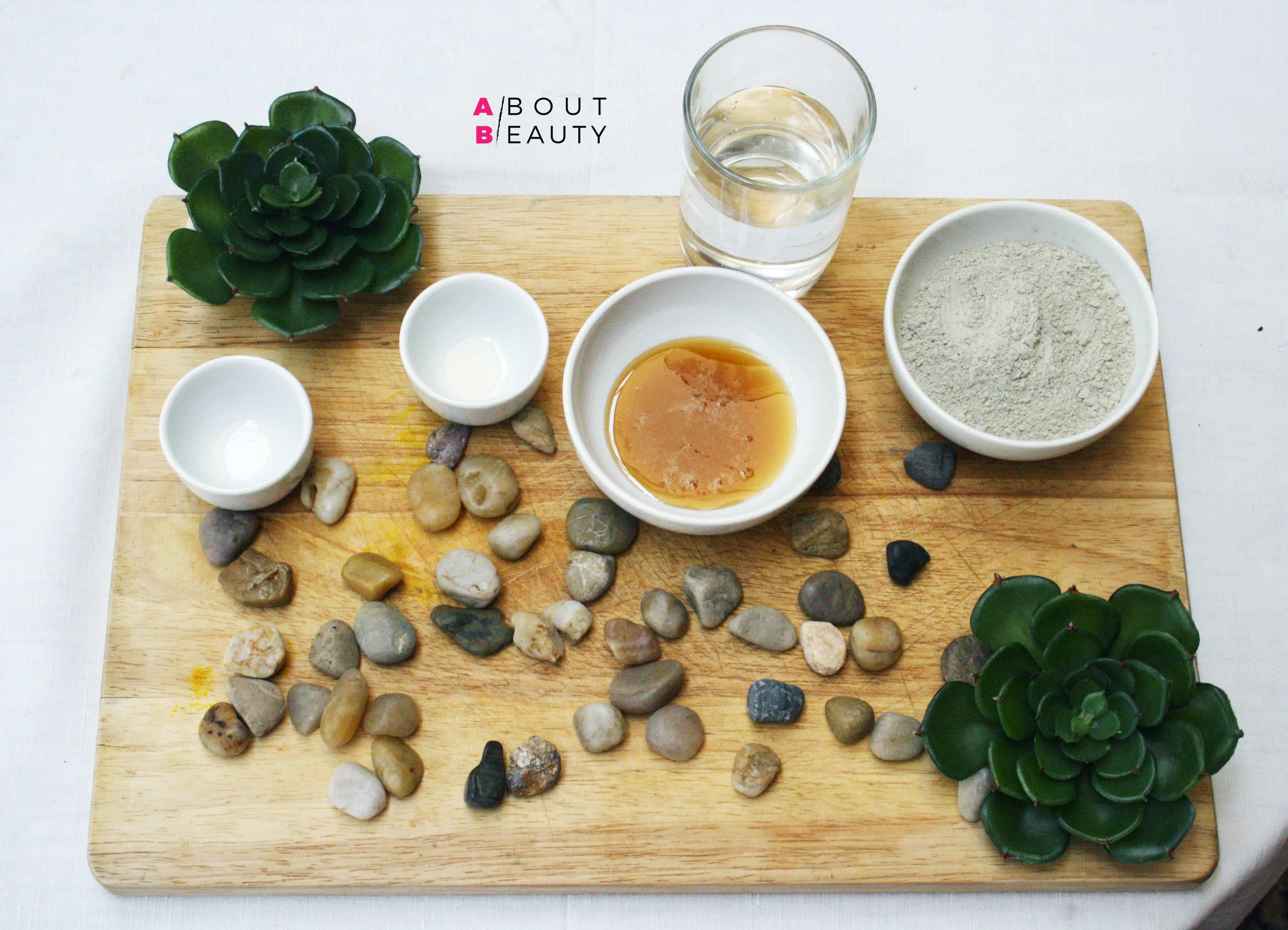 Maschera all'argilla verde purificante, la ricetta fai da te semplice, veloce ed economica per le pelli grasse e impure - Gli ingredienti
