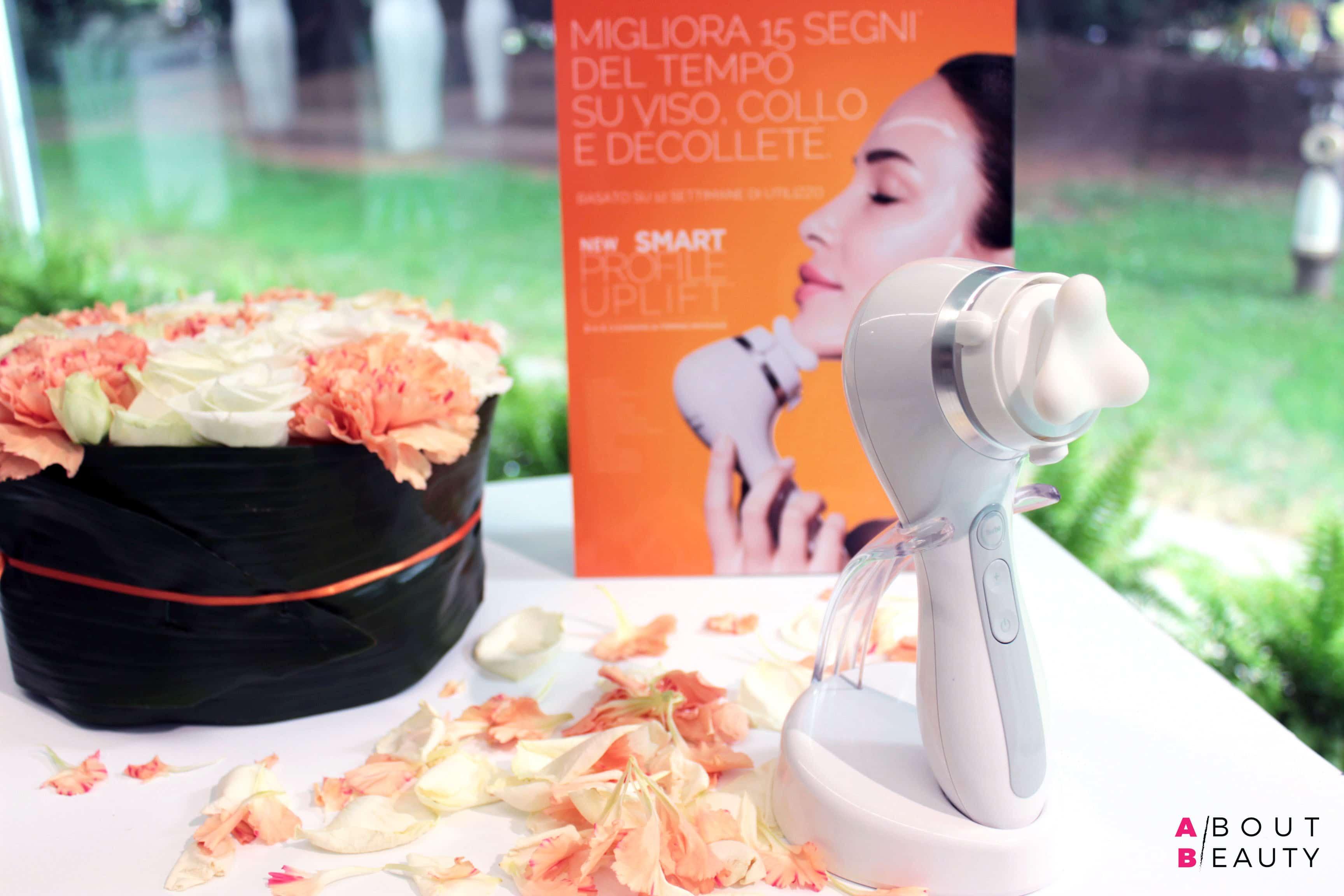 Clarisonic presenta Clarisonic Smart Profile Uplift, la spazzola per la detersione del viso con effetto anti-age rassodante - Foto, info, prezzi