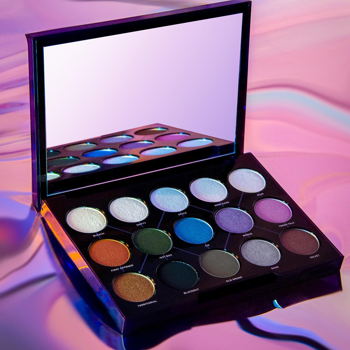 Urban Decay Distortion Eyeshadow Palette - Recensione, dove acquistare, info, prezzo - La palette