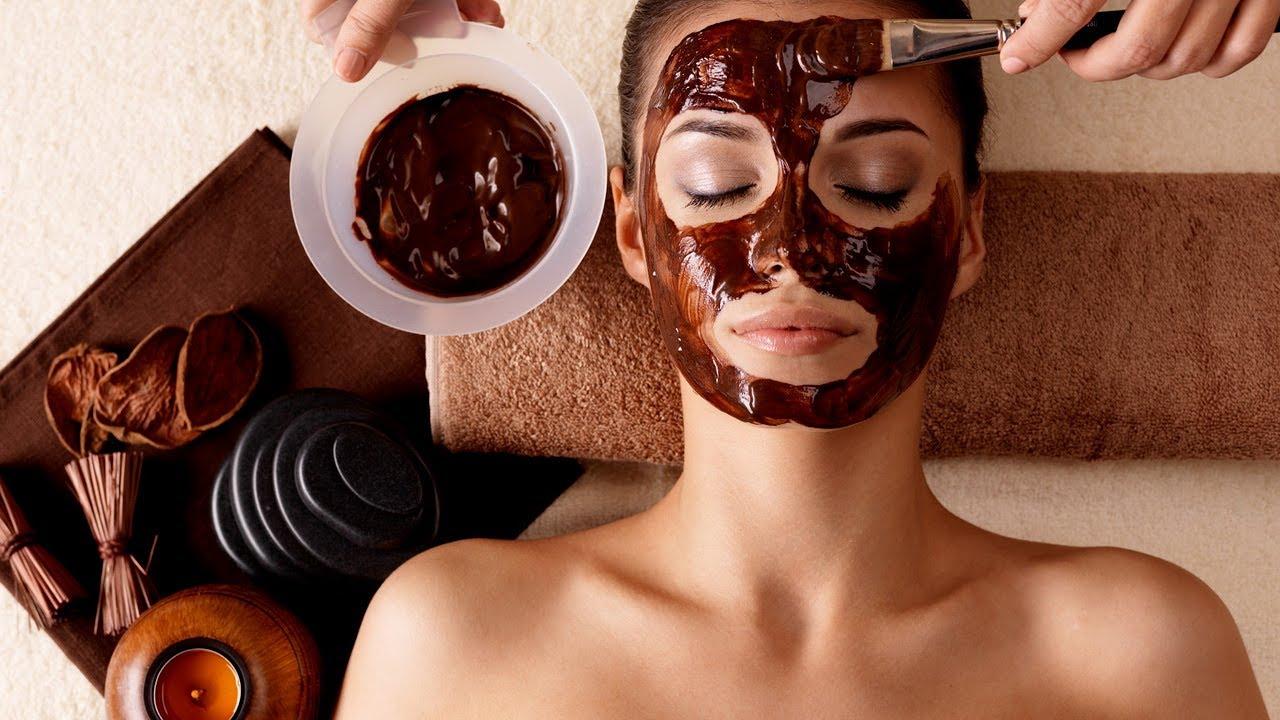 I benefici del caffè per viso, corpo e capelli: Maschera Viso al Caffè