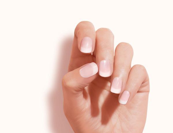 Tendenze unghie primavera estate 2018 unghie squoval - Diva nails prodotti ...