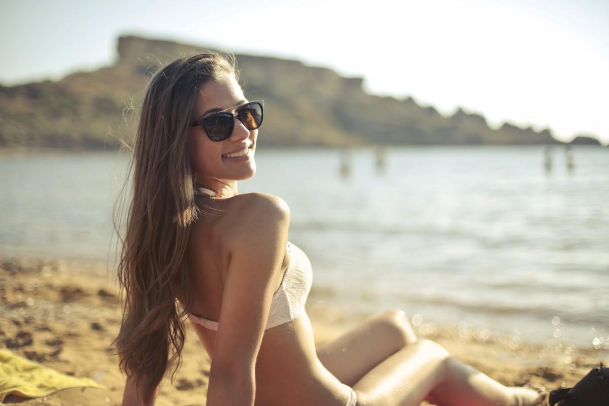 Pelle chiara e sensibile: come avere un'abbronzatura perfetta?