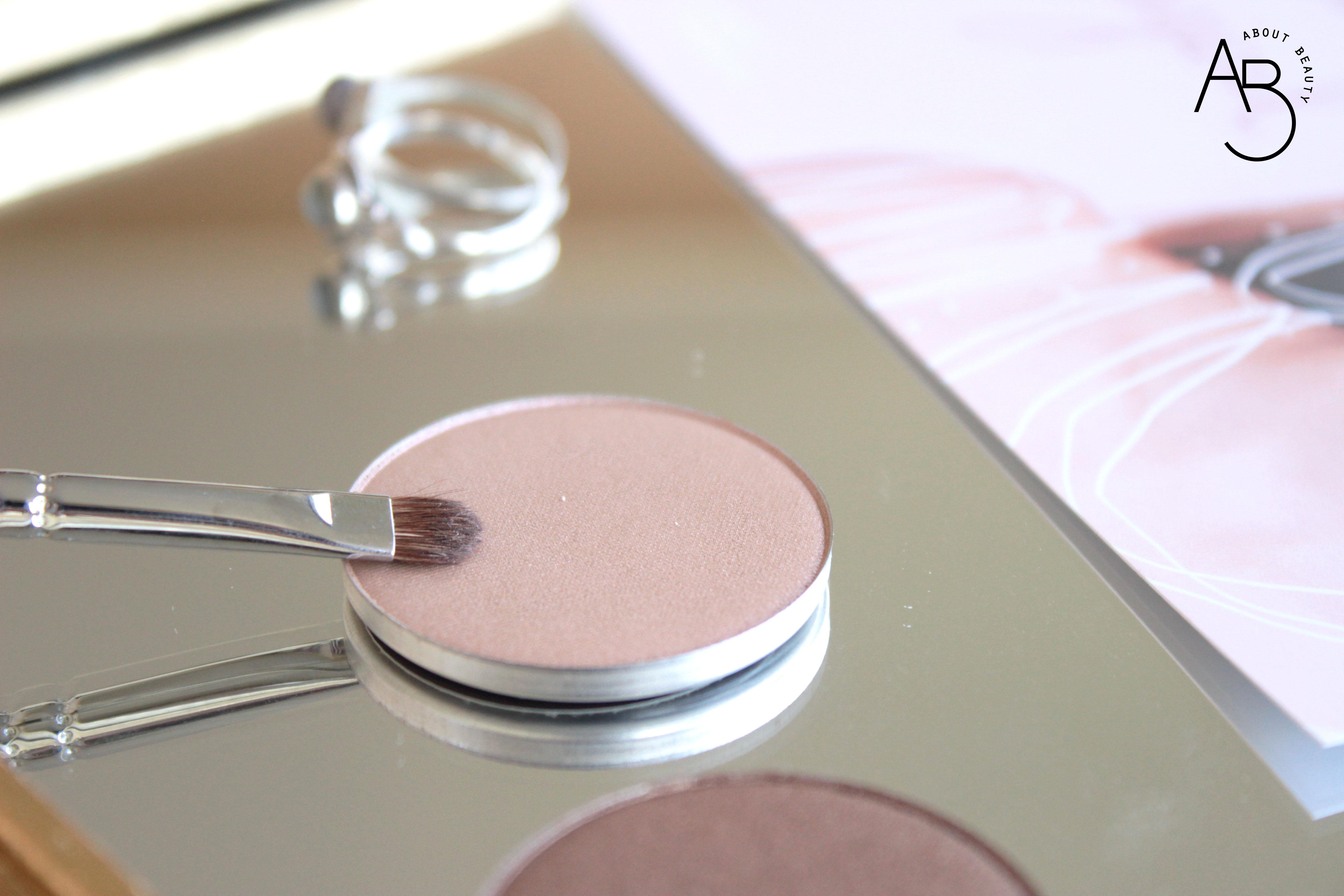 Neve Cosmetics Minimal Magical Nuova Collezione Autunno Inverno 2018 - Recensione, review, info, inci, swatches, prezzo, sconto - Ombretto Saudade