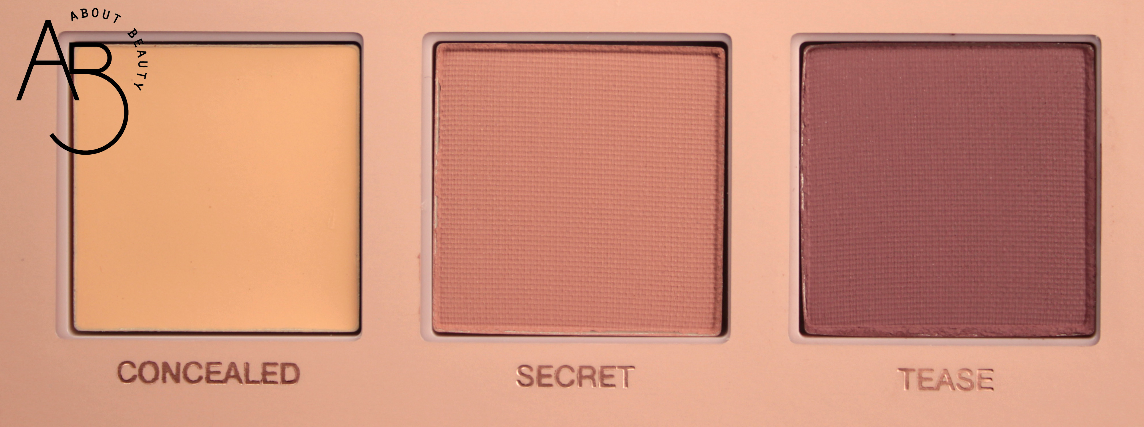 Huda Beauty New Nude Eyeshadow Palette Ombretti - review recensione info prezzo dove acquistare swatch sconto - Concealed Secret Tease