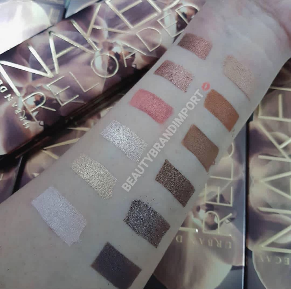 Urban Decay Naked Reloaded Eyeshadow Palette Ombretti - Review, recensione, opinioni, data uscita, dove acquistare, swatch - About Beauty
