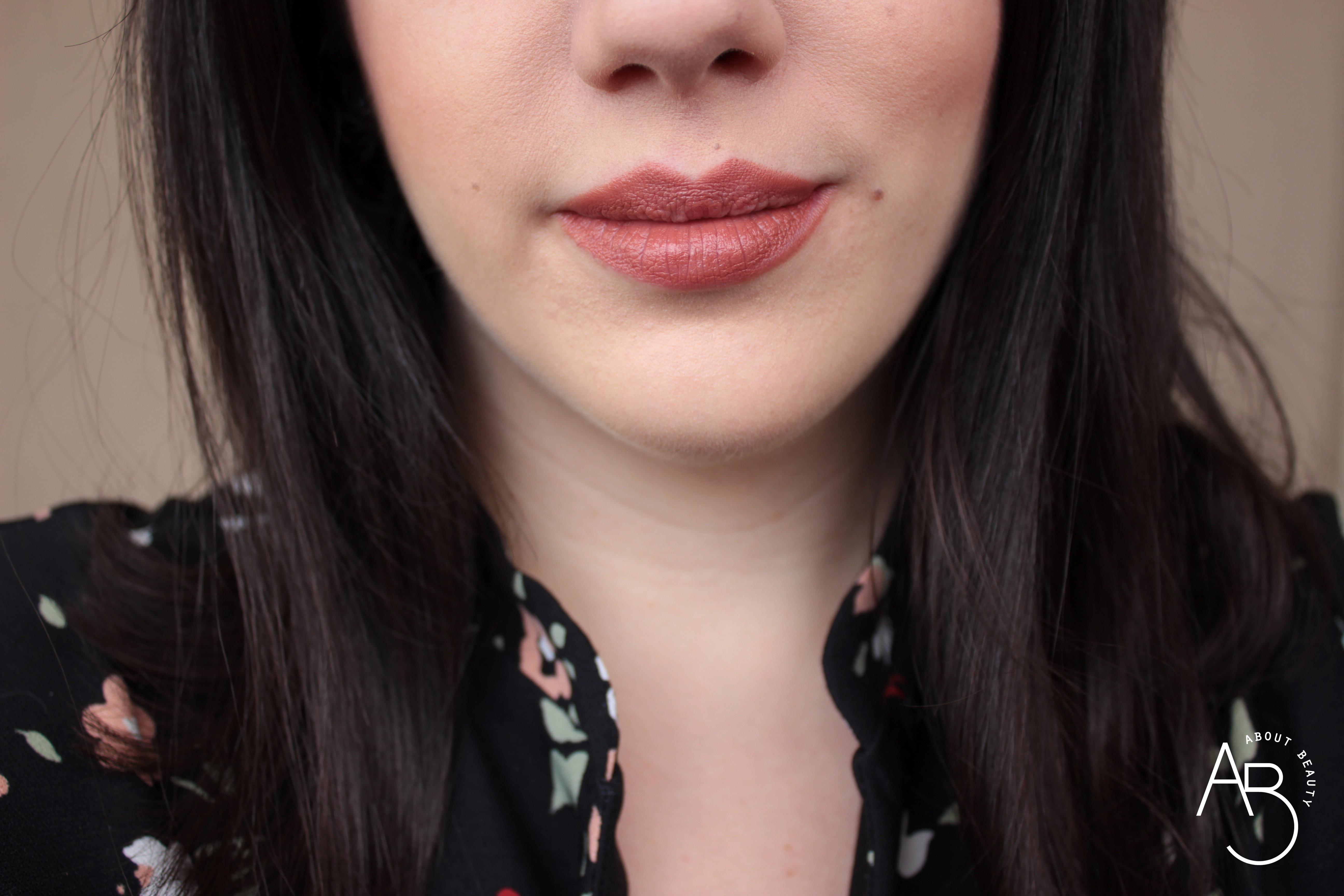 Nuovi rossetti newDElicious Dessert a Levres Neve Cosmetics 2019 - Info, review, recensione, opinioni, swatches, data uscita, prezzo, sconto - Crème Caramel