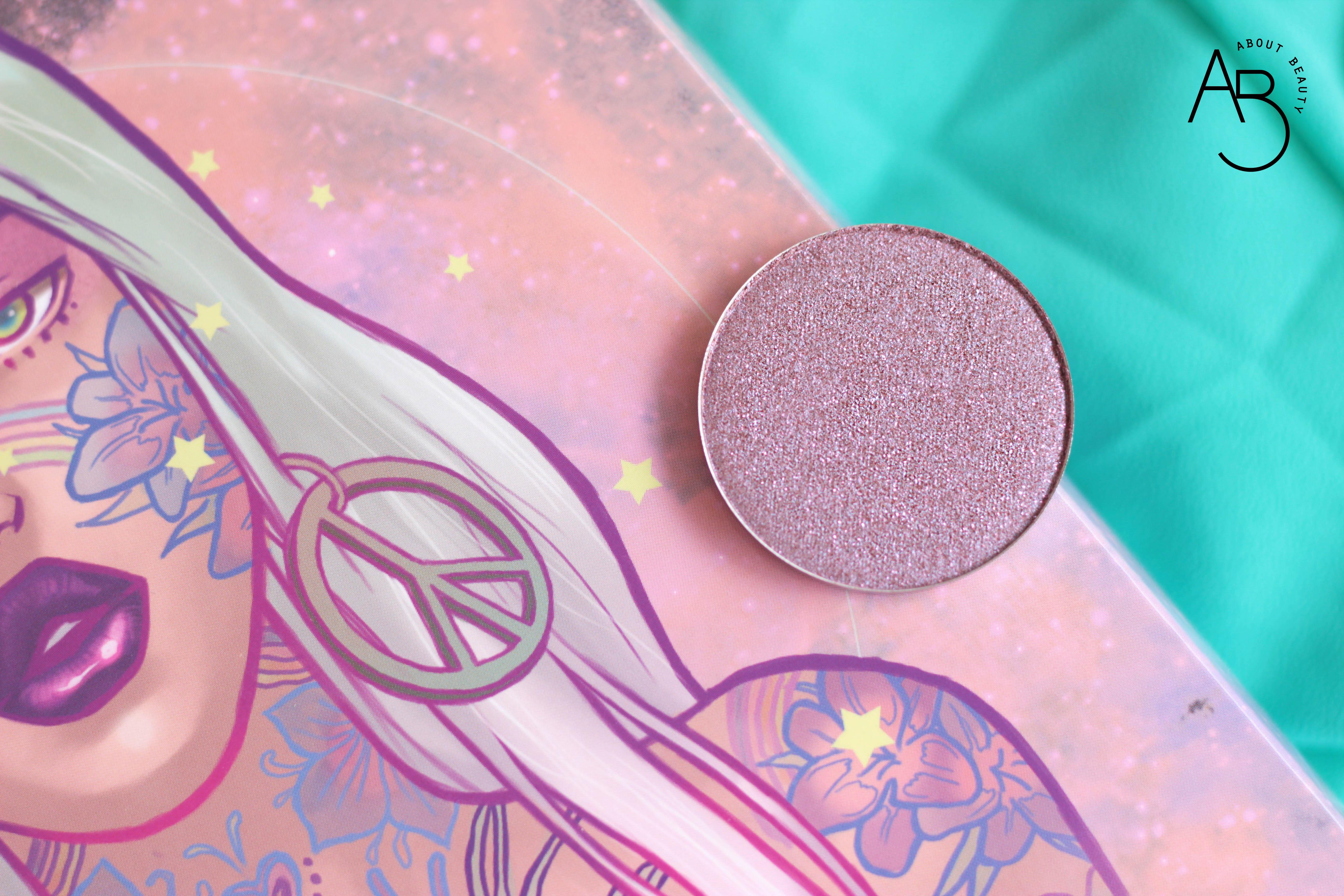 Neve Cosmetics Sparkling '67 - Info review recensione prezzo sconto swatch - Tie-dye