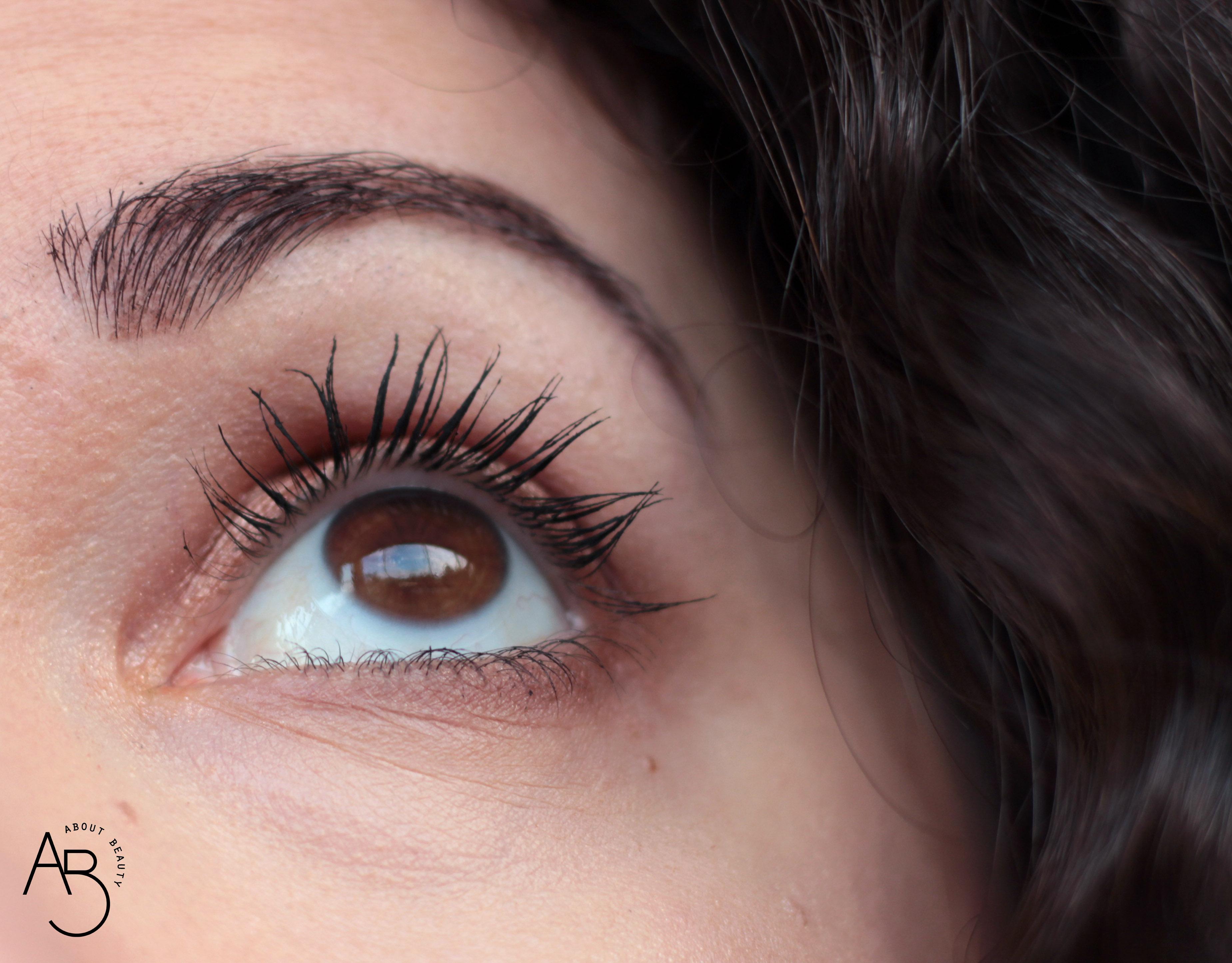 Neve Cosmetics Black Bubble Mascara - Info, recensione, opinioni, review, prezzo, dove acquistare - Risultato - About Beauty