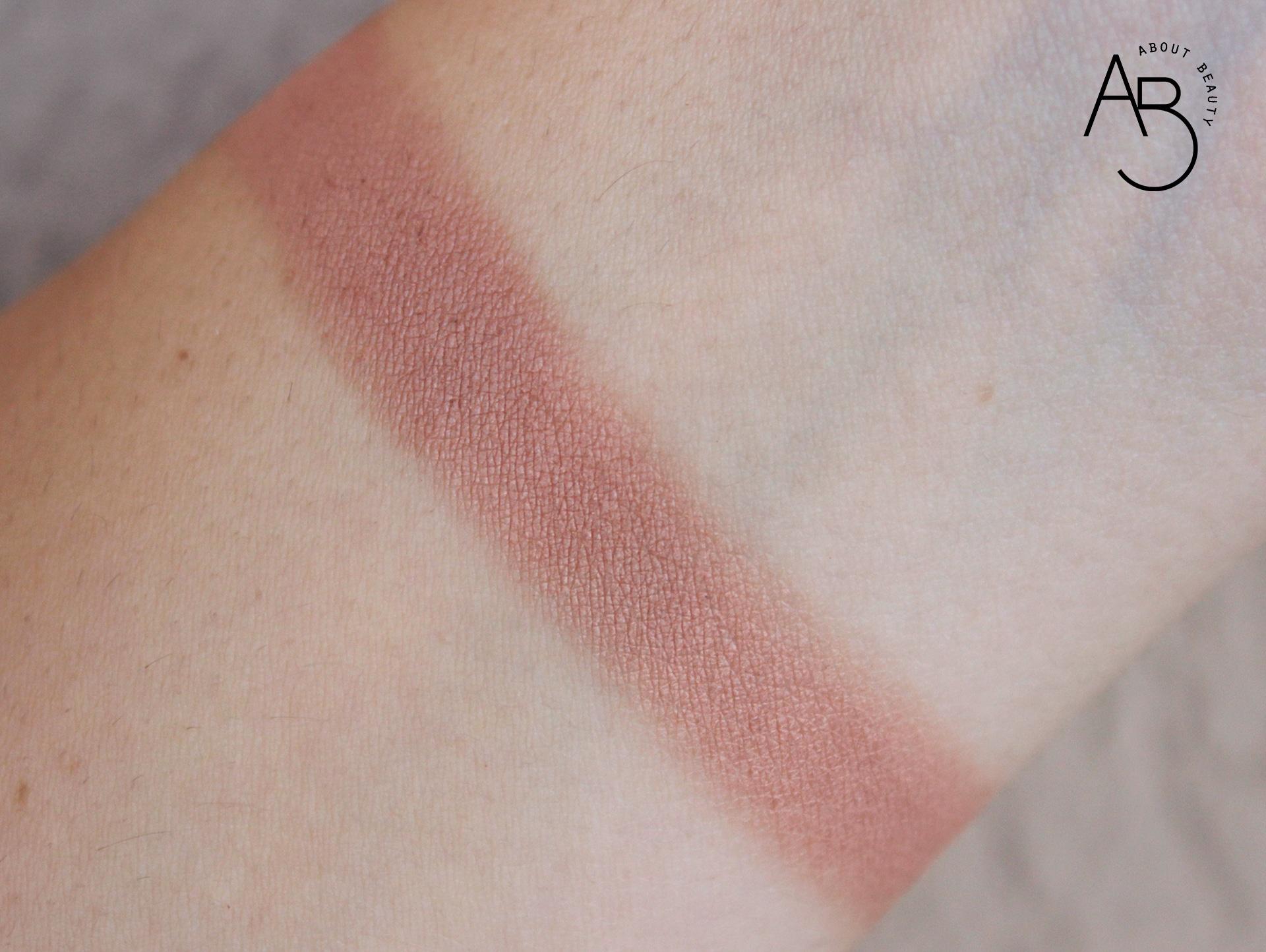 Velvet Bronze Neve Cosmetics Cipria Bronzer - Info review recensione opinioni prezzo dove acquistare sconto - Swatch